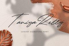 Taniya Relly - Luxury Signature Font Product Image 1