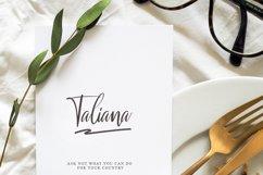 Malenna Script Product Image 2