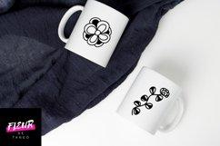 Dooflo - an amazing doodle floral font Product Image 4