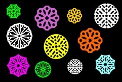 Round patterned ornaments for various applications Product Image 2