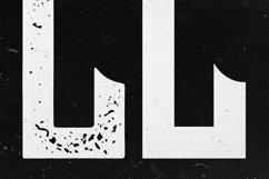Lash Typeface Product Image 6