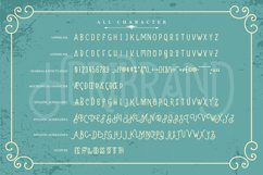 Heribrand   Classic Vintage Font Product Image 3