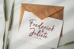 Justtafe - Signature Font Product Image 3