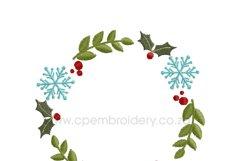 Christmas Snowflake and Mistletoe Wreath Embroidery Design Product Image 5
