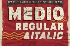 Medio Vintage Font Product Image 1