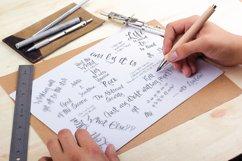 Loft Yian Script Typeface Product Image 3