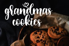 Sweet Christmas - A lovely Script Font with swash Product Image 4
