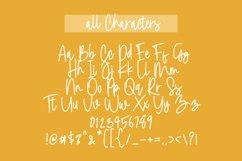 Molet Raenak Signature Font Product Image 4