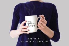 Shefilla Script Font Product Image 4