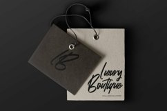 Web Font Selcouth - Signature Script Font Product Image 3