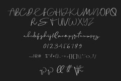 Solitaire Font Product Image 2
