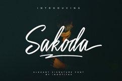 Sakoda Signature Font Product Image 1