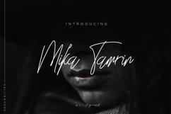 Mika Tamrin Font Signature Product Image 1