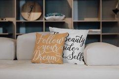 Shalinta - Luxury Calligraphy Font Product Image 6