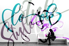 font themoon Product Image 6