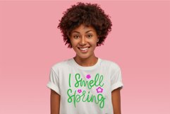 Spring Quotes SVG. I Smell Spring Funny Quotes SVG Product Image 3