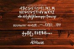 Balyrat - A Stylish Handwritten Font Product Image 5