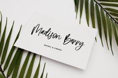 Befitting - Beauty Handwritten Font Product Image 3
