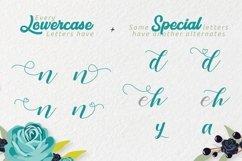 Zelifa - Lovely Font Product Image 2