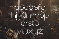 Metrolic   Elegant Font Product Image 5