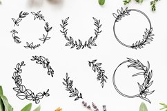 Hand-drawn Wreath SVG Cut File Bundle Product Image 3