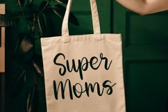 Innovative Mothers | Script Font Product Image 4
