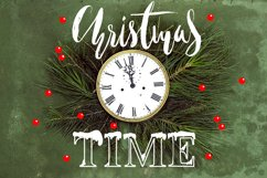 Christmas snowy display font Product Image 1