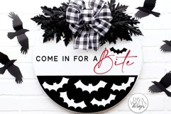 Come In For A Bite SVG   Halloween Bat / Vampire Round Sign Product Image 1