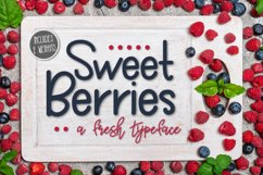 Sweet Berries a Fresh Typeface Product Image 1