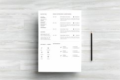 Clean Resume Template - Simple & Professional CV Template Product Image 3