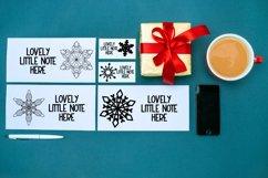 Flakes - A Dingbat Snowflake Font Product Image 3
