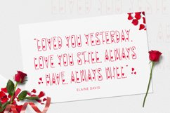 Redlove Font Product Image 3