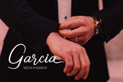 Carolisa Signature Script Font Product Image 3