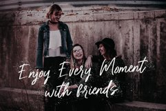 Pretty Berelly | Casual Display Font Product Image 5