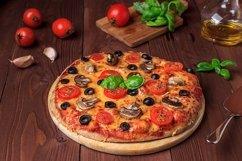 Bundle of six photos of traditional Italian vegetarian pizza Product Image 1