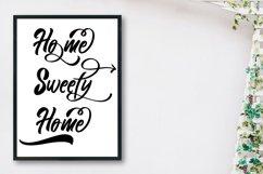 Songoriti Lovee | A Script Display Typeface Product Image 3