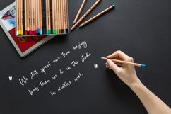 Vistory Modern Script Font Product Image 5