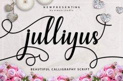 Julliyus Script Product Image 1
