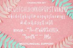 Helicoid - Handwritten Script Font Product Image 6