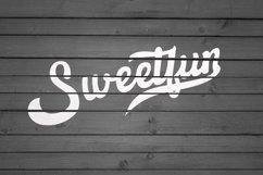 Bontteny Font Product Image 3