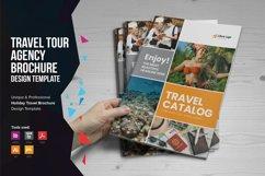 Holiday Travel Brochure Design v5 Product Image 1