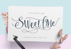 Sweetline Typeface Product Image 1