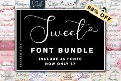 Sweet Font Bundle Product Image 1