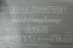 Amirah Display Font Product Image 2