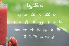 Strawberry Smoothie- A handlettered script font Product Image 6