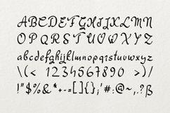 Fagyth Font Product Image 3