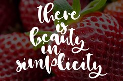 Strawberry Wine  Product Image 3