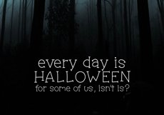 Haunted House - A Spooky Handwritten Font Product Image 2