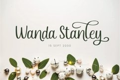 Eveliana - A Lovely Script Font Product Image 3