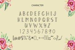 Adelah Display Font Product Image 6